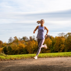 Laufen, Läuferin, Theatritralisch, Triathlon
